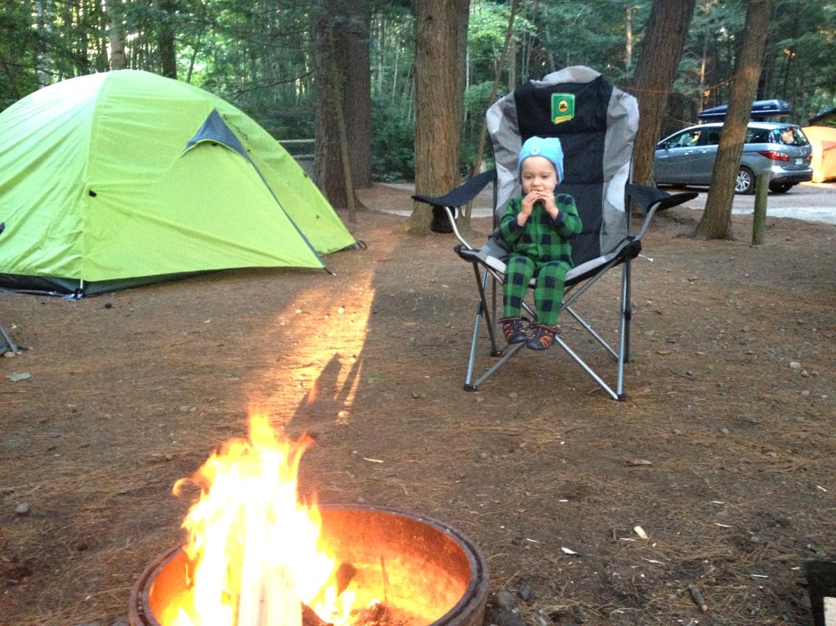 Dix astuces pour faire du camping avec bébé